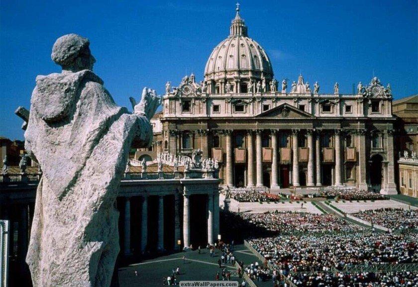 Vaticano estuda excomungar mafiosos e corruptos