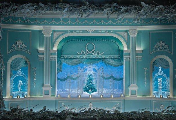 2d8599bcec351 Tiffany   Co. traz a famosa vitrine de Natal para Brasília