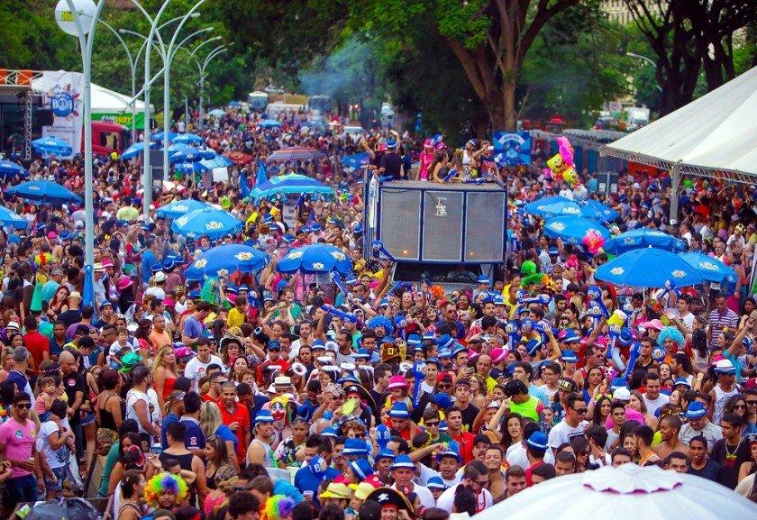 Resultado de imagem para carnaval de brasilia