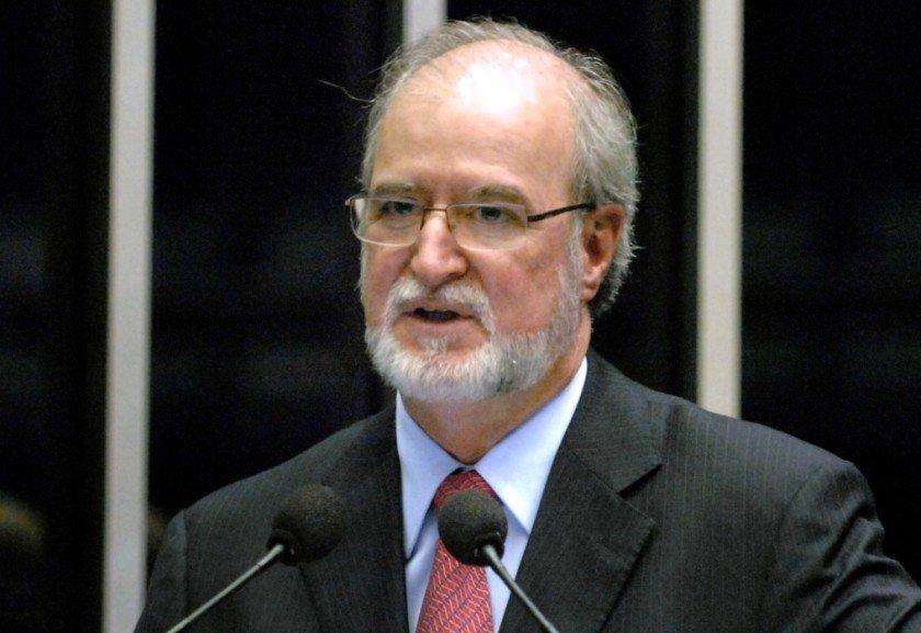 Condenação de Eduardo Azeredo é mantida pela Justiça de Minas