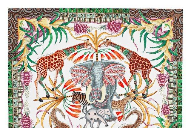 e30c9ff0650 Hermés lança coleção de lenços em parceria com coletivo de arte africano
