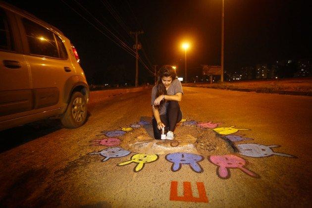 Ju Borgê grafiteira