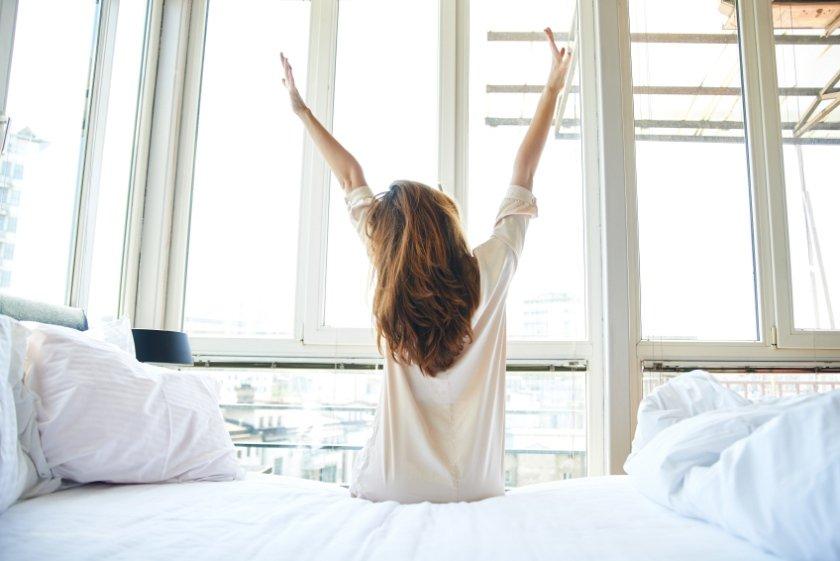 acordar manhã espreguiçar bem-estar saúde