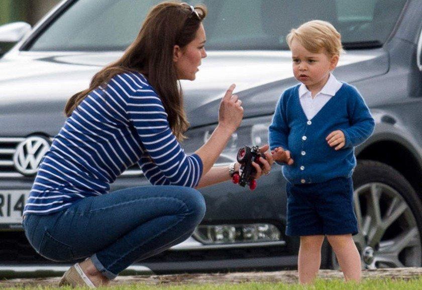 N 227 O George Kate Middleton 233 Flagrada Dando Bronca No Filho E Imagem Vira Piada Na Internet