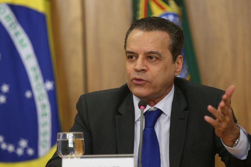 Desembargador manda soltar ex-deputado federal Henrique Eduardo Alves