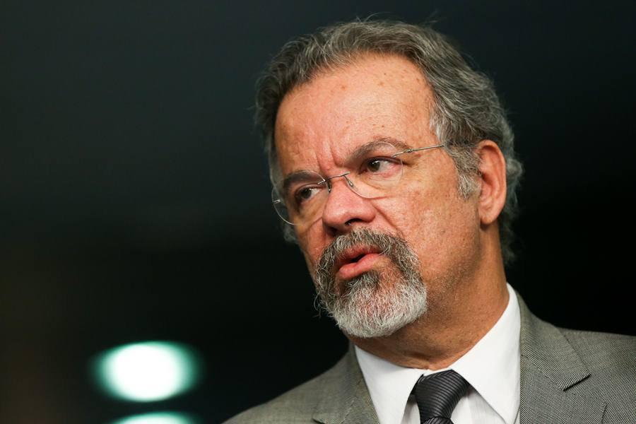 Ministro da Defesa diz que ordem e segurança foram restauradas no ES
