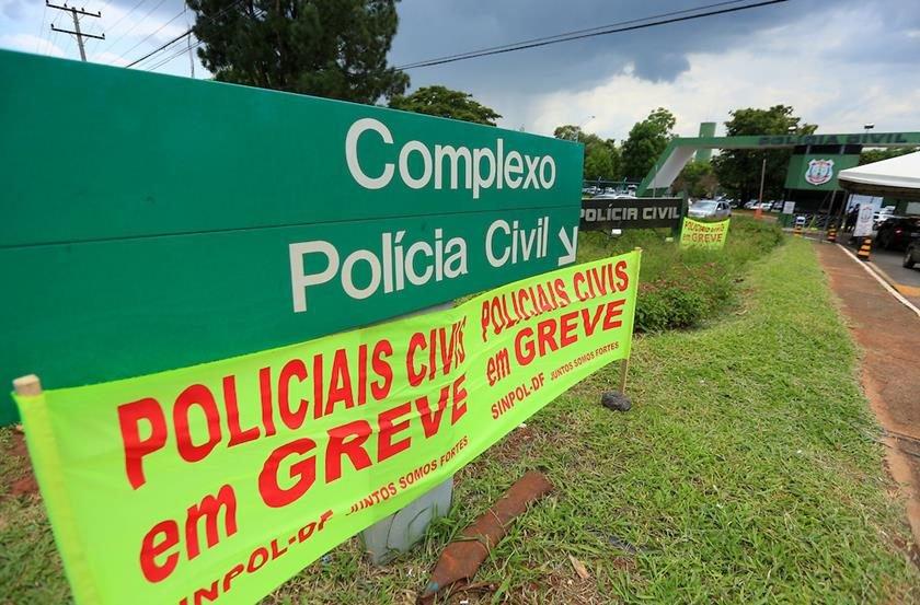 ATUALIZADA - Supremo ratifica veto da Constituição a greve de policiais