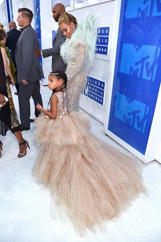b7160bbca VMA 2016  veja os looks que os famosos escolheram para a premiação