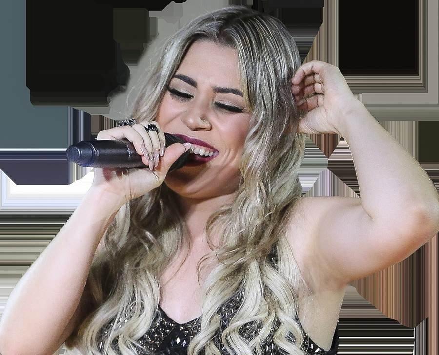 Naiara Azevedo, cantora