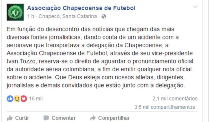 Chapecoense recebe réplica da taça da Sul-Americana em Medellín