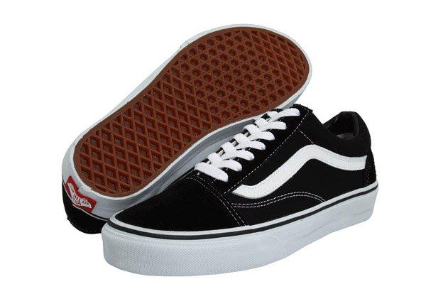 52728a55906 Saiba onde encontrar o tênis Vans que não sai do pé das famosas