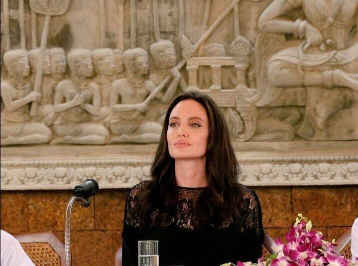 Angelina Jolie fala pela primeira vez sobre a separação de Brad Pitt