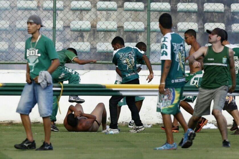 Confusão Gama x Brasiliense