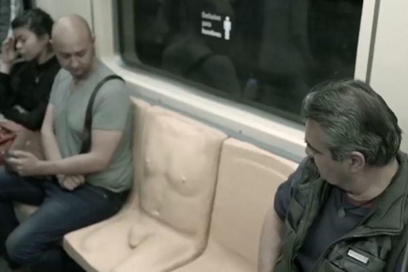 Este assento é só para homens. Desconfortável? A mensagem é mesmo essa