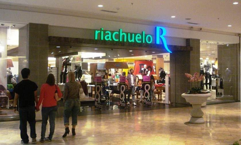 76204596b Riachuelo oferece vagas de emprego em Brasília