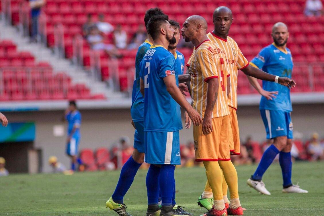 Real e Brasiliense duelam no Mané Garrincha