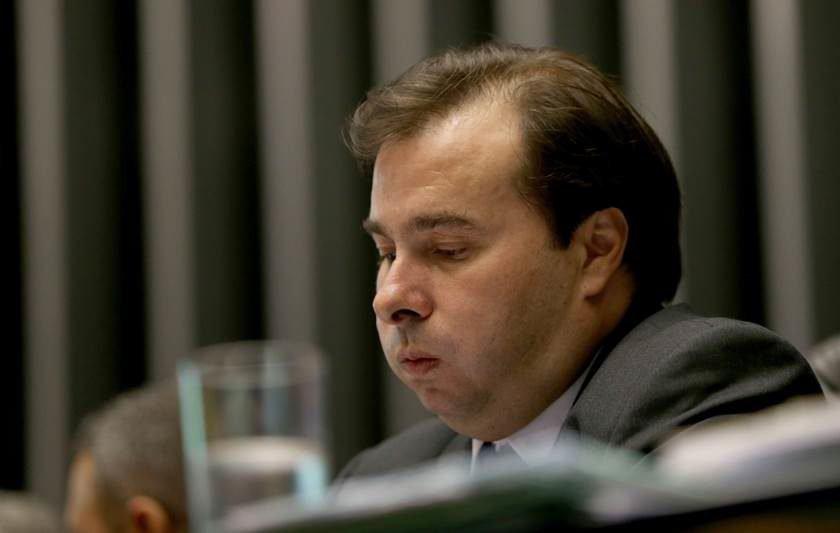Câmara inicia sessão que vai votar plano de recuperação fiscal dos estados