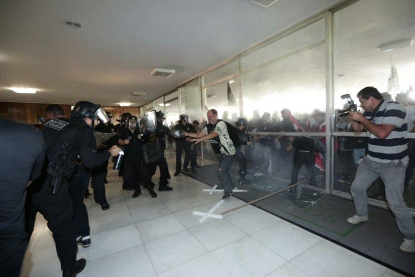 Policiais congresso 3