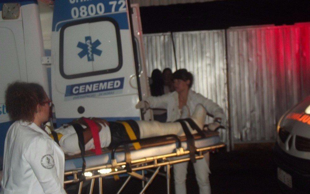 Palco de Luan Santana desaba e deixa feridos em show