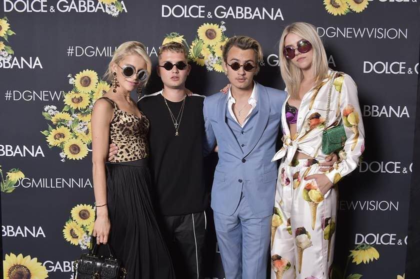 7c91cc1523ffc Dolce   Gabbana reúne millennials em festa privé em São Paulo
