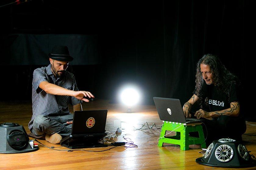 250417 FM Orquestra de Laptop da UnB 001