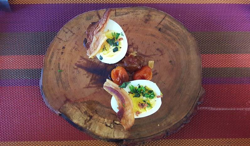 Blas _ Ovos, pimentão e bacon