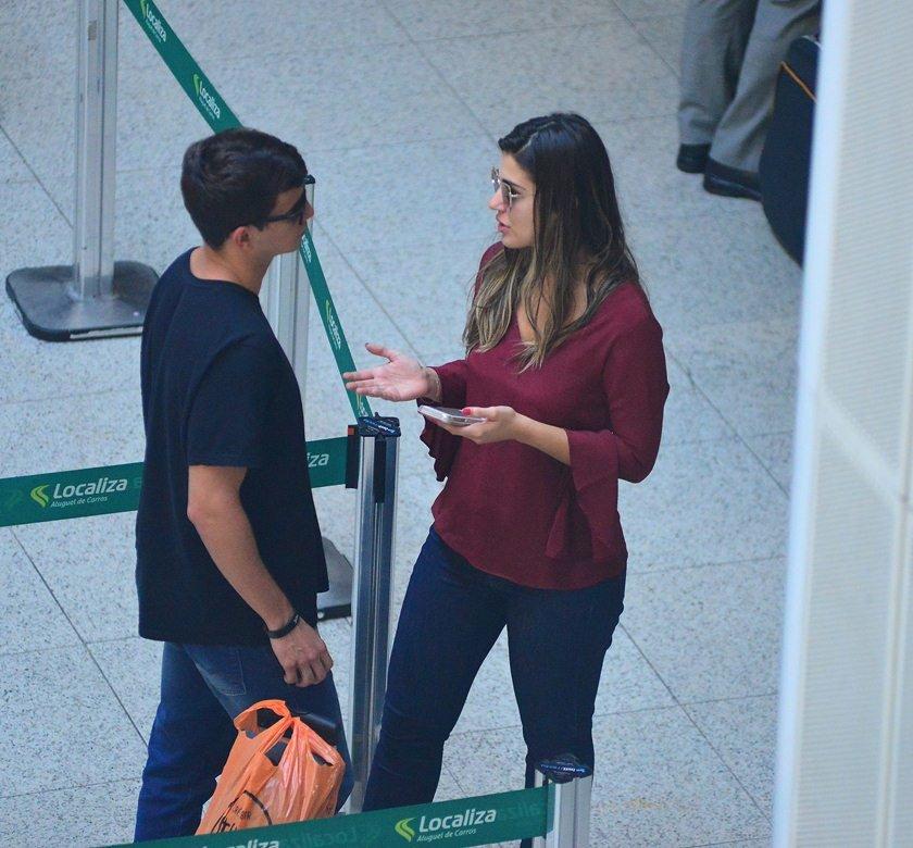 agnews_foto_vivian_e_manoel_embarcam_no_aeroporto_santos_dumont_no_rio_de_janeiroexclusiva_20170517_1652_g