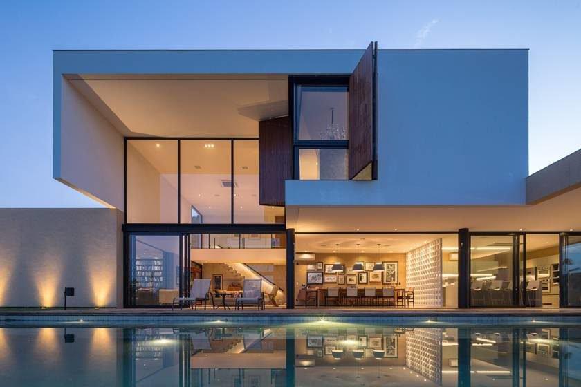Casa contempor nea em bras lia mistura concreto e natureza for Fachadas de casas modernas em belo horizonte