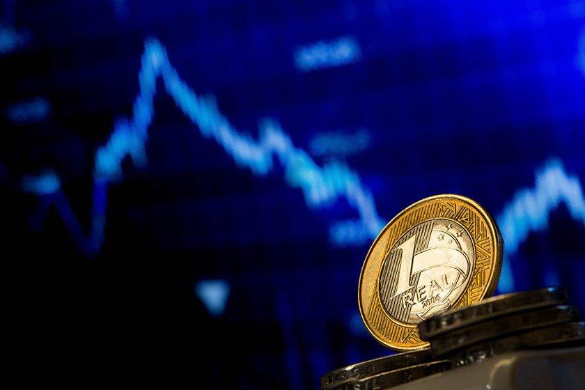 Resultado de imagem para Balança comercial tem superávit de US$ 873 milhões na segunda semana de agosto