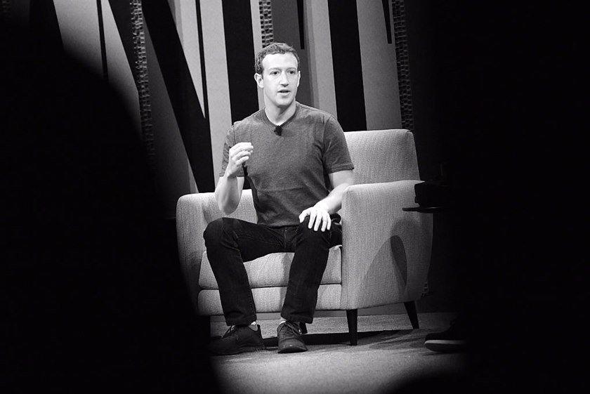 """Mark Zuckeberg não conseguiu comprar o Snpachat e continua compenetrado a """"engolir"""" a rede social, lançando novas ferramentas para as plataformas que ele administra"""