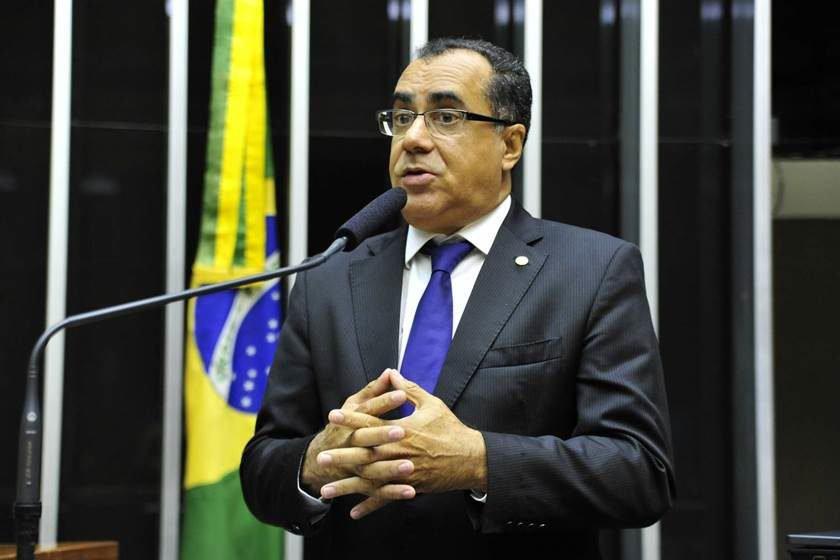 Resultado de imagem para Deputado federal Celso Jacob é preso no aeroporto de Brasília
