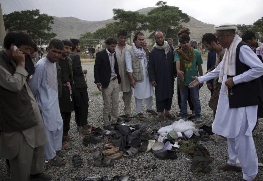 Atentado terrorista mata quase 20 em funeral em Cabul