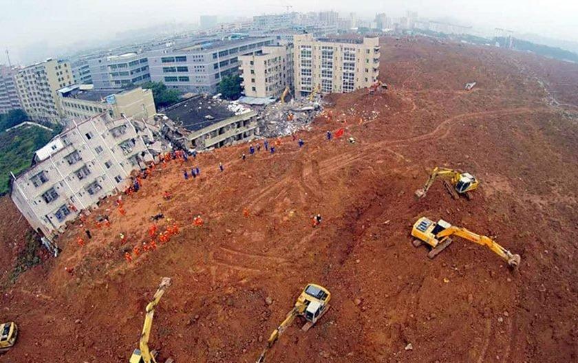 Deslizamento de terra deixa 5 mortos e 120 desaparecidos na China