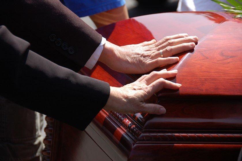 Homem reaparece em missa três meses após família considerá-lo morto