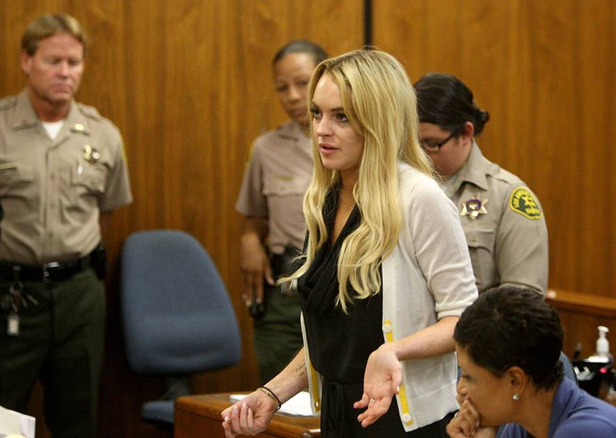 Lindsay Lohan Probation Hearing LOS ANGELES, CA - JULY 06:  Actress Lindsay Lohan attends her probation revocation hearing at the Beverly Hills Courthouse on July 6, 2010 in Los Angeles, California. Lindsay Lohan was found in violation of her probation for the August 2007 no-contest plea to drug and alcohol charges stemming from two separate traffic accidents, she is scheduled to surrender on July 20, 2010 to serve her 90 day jail sentence.  (Photo by David McNew/Getty Images)