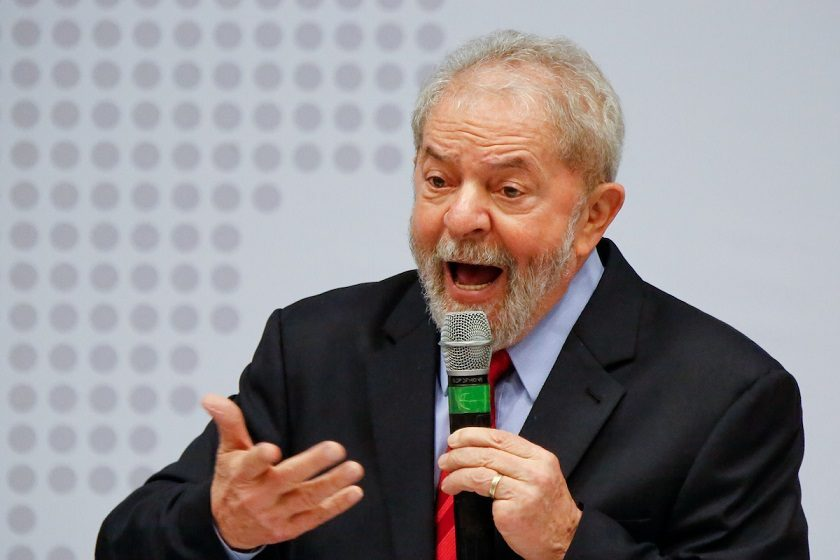 Advogados de Lula entram com primeiro recurso contra sentença de Moro