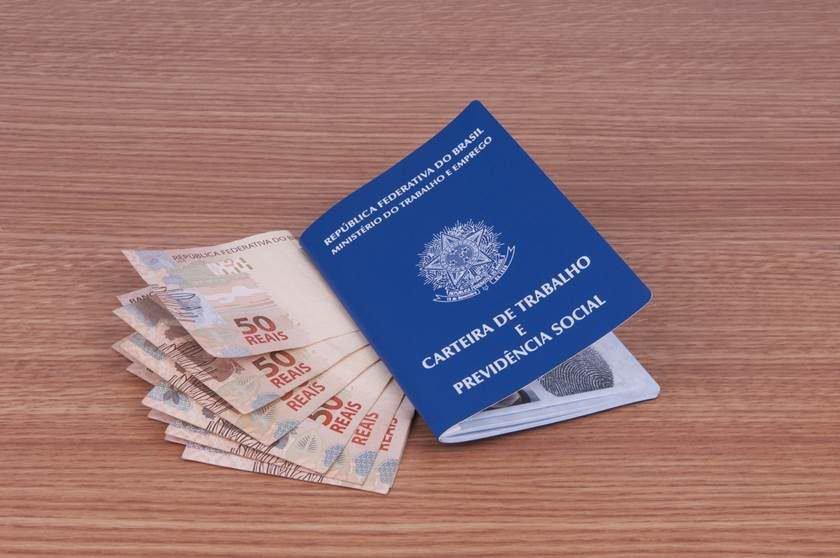 dinheiro e CTPS