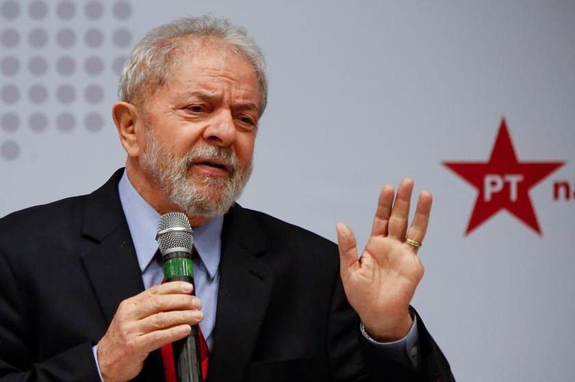 Lula avisa Moro que vai recorrer de sentença pelo triplex do Guarujá