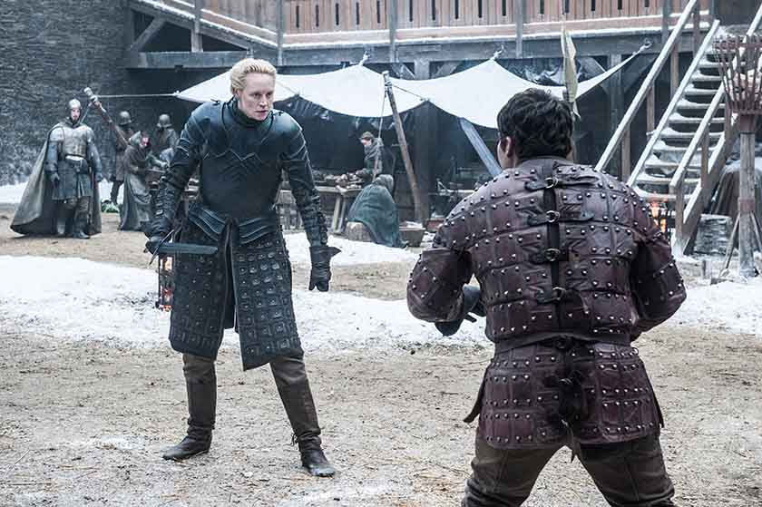 Brienne de Tarth (Gwendoline Christie) e Podrick Payne, Pod (Daniel Portman) - GoT S7 - Ep. 01