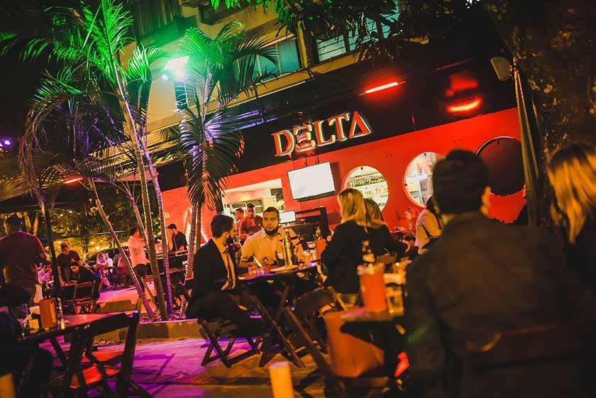 Fachada do Delta Bar