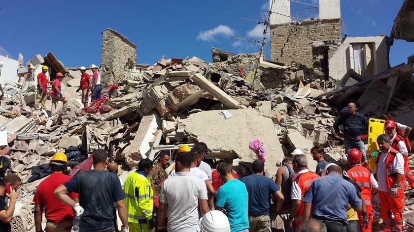 Terremoto de 6,7 graus em Turquia e Grécia deixa dois mortos e 100 feridos