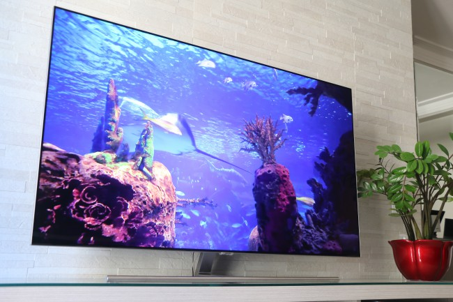 how to clean qled tv