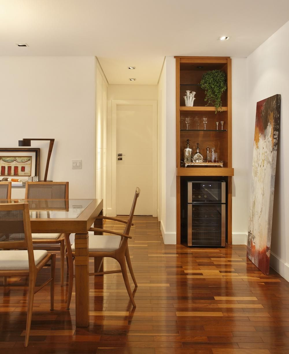 Sala De Adega Pequena Adega De Madeira Pequena With Adega De  -> Adega Para Sala De Jantar Pequena