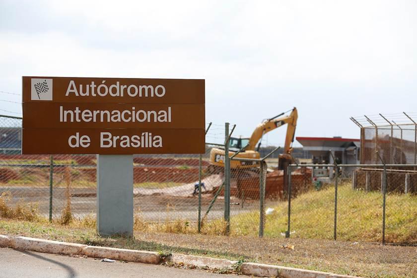 Brasília(DF), 09/09/2015 - Obras do Autódromo Nelso Piquet em Brasília ficam paradas por irregularidades - Foto: Daniel Ferreira/Metrópoles