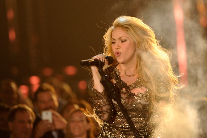Em retorno aos palcos, Shakira anuncia shows no Brasil em outubro