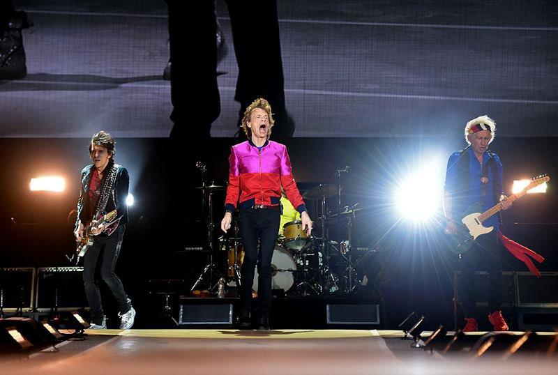 Ronnie Wood, dos Rolling Stones, revela que teve câncer de pulmão