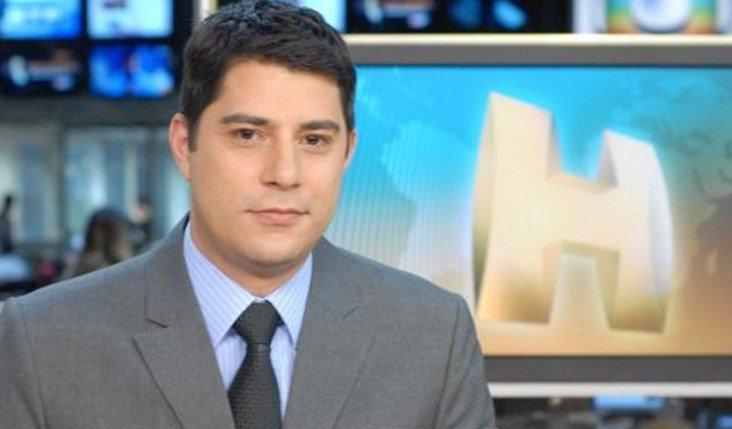 Evaristo Costa divulga projeto e fãs dão boas-vindas ao