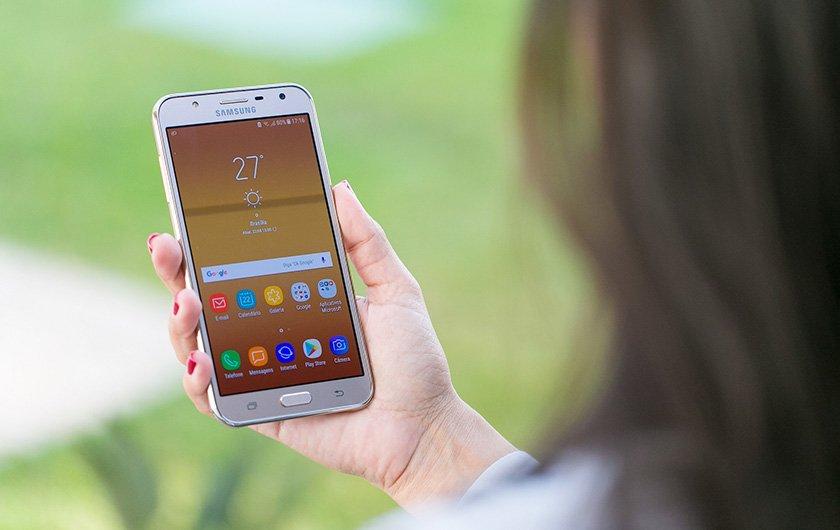 11642dcf045 Review  novo smartphone J7 Neo traz TV digital e bom processamento