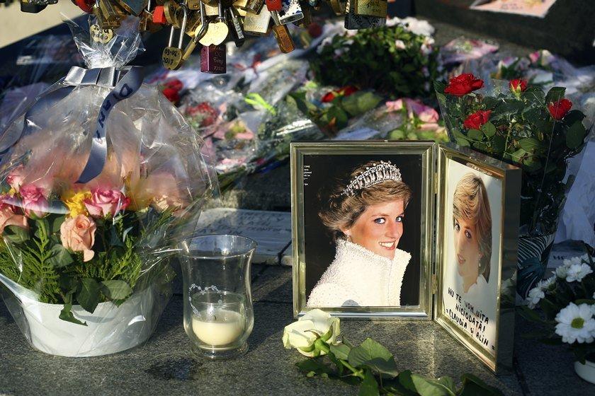 20 anos sem Diana: Morte da princesa deixou mundo de luto e abalou a monarquia