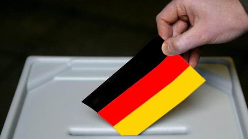 Extrema-direita deve tornar-se a terceira força política na Alemanha